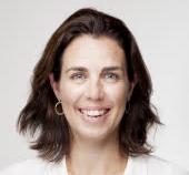 Dra. Cristina Adrados